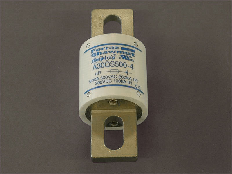 Ferraz-Shawmut 500 amp / 300vdc Fuse - Image courtesy KTA-EV